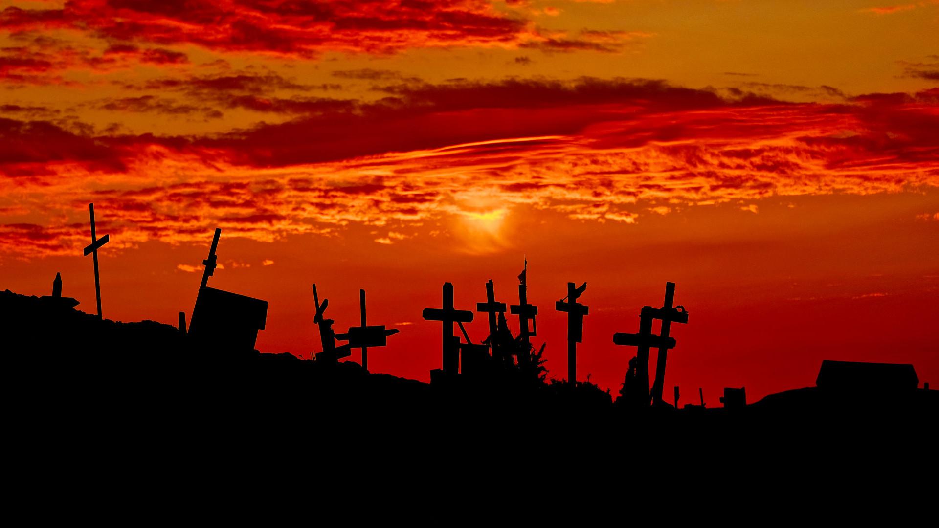 cemetery horror